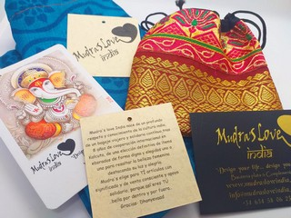 empaquetado packaging mudras love india bolsa seda calendario ganesha